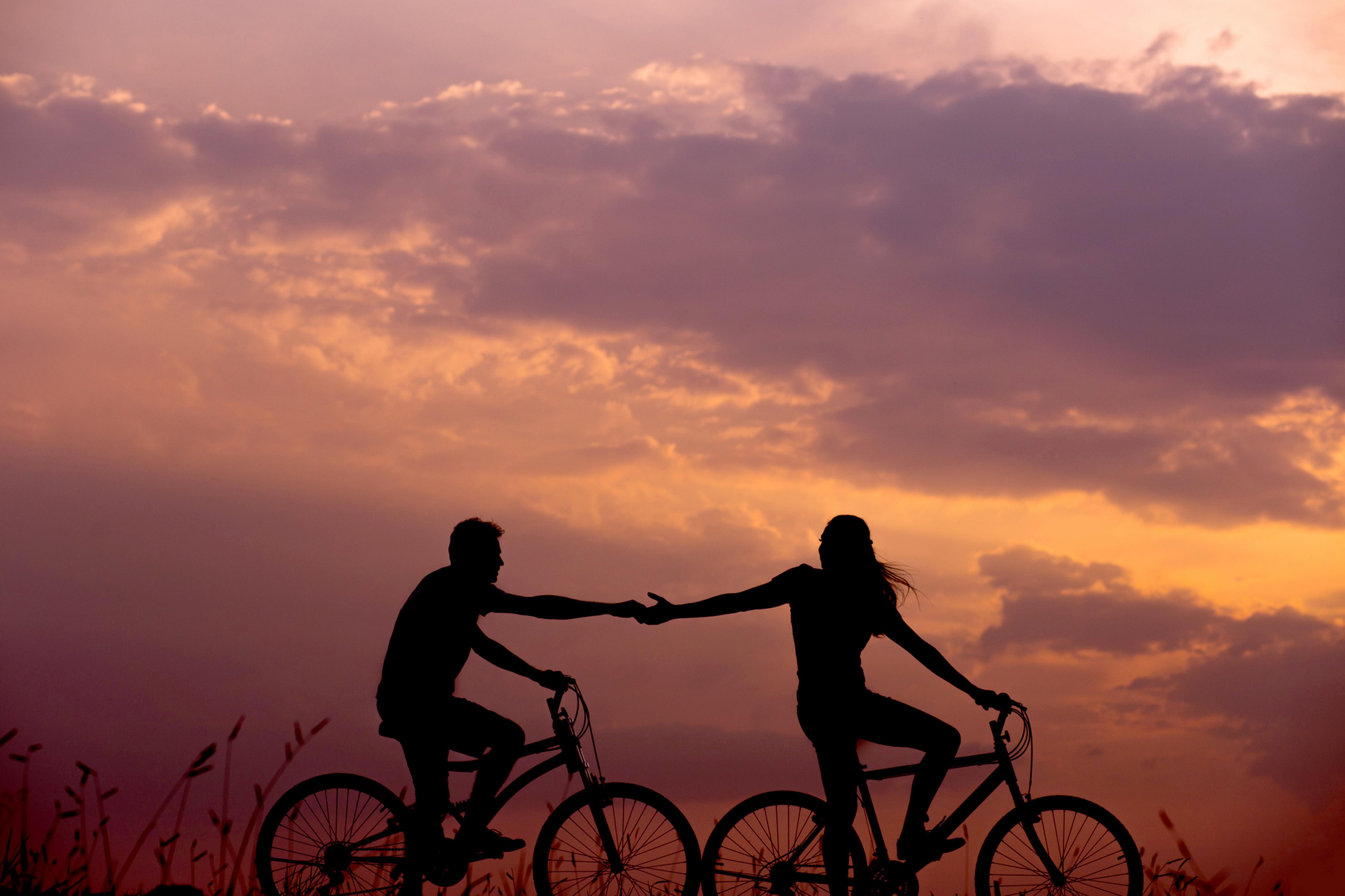 Amour complice à vélo